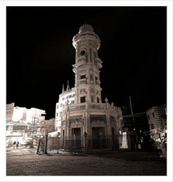 Clocktower sukkur.jpg